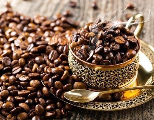 نوشیدن قهوه روبوستا ویتنام