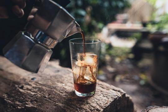 دم کردن قهوه عربیکا نیکاراگوئه