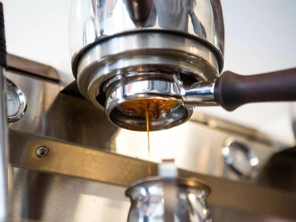تهیه قهوه اسپرسو